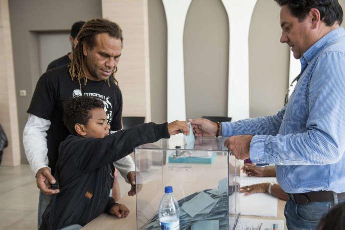 Un bureau de vote lors du référendum sur l'indépendance de la Nouvelle-Calédonie, à Nouméa, le 4 octobre.