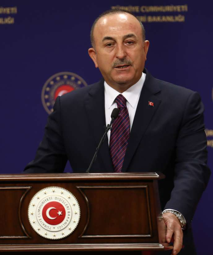 Le ministre des affaires étrangères turc, Mevlut Cavusoglu, lors d'une conférence de presse àAnkara, le 5 octobre.