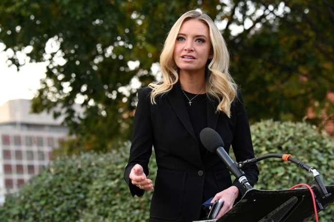 La porte-parole de la Maison Blanche Kayleigh McEnany lors d'une conférence de presse à Washington le 4 octobre.