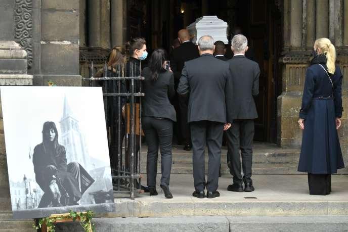 Les obsèques de Juliette Gréco le 5 octobre à Saint-Germain-des-Prés, à Paris.