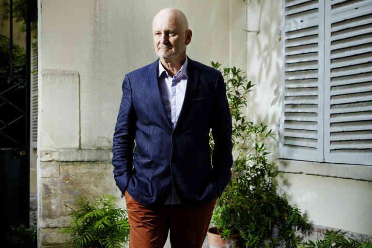 Christophe Girard, né le 9 février 1956 à Saumur, est un dirigeant d'entreprise et homme politique français.