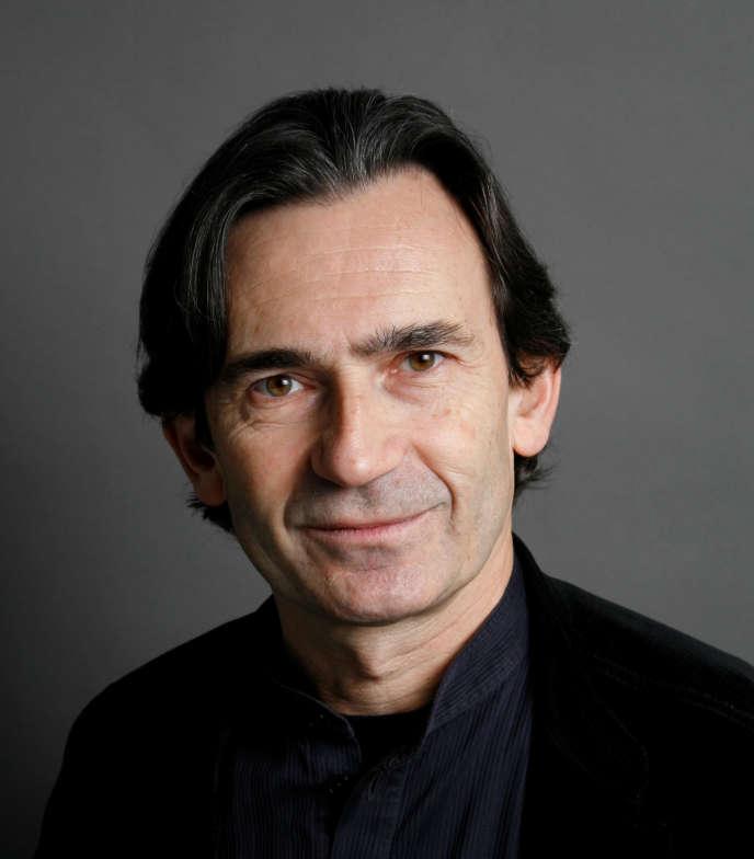 Benoît Peeters, scénariste et historiographe du 9e art, en 2018 à Paris.