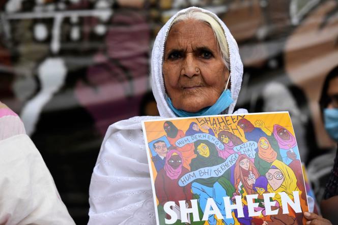 Bilkis, lors du sit-in de sa petite-fille, à Shaheen Bagh (un quartier de Delhi), pour contesterla loi indienne sur la citoyenneté, le 29 septembre.