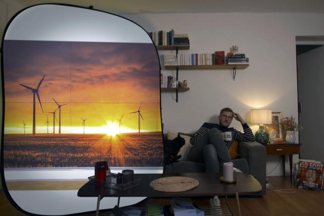 Benjamin Carle dans la série documentaire«C'est mieux ailleurs ? L'Ecologie, Le Travail, Les impôts, La Réussite».