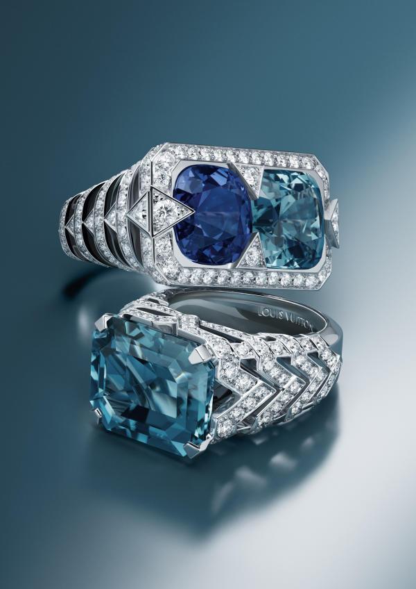 Bague Apogée, en or blanc, tourmaline, tanzanite et diamants, et bague Apogée, en or blanc, tourmaline et diamants, Louis Vuitton.