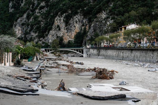 Breil-sur-Roya, le 4 octobre 2020. Les habitations et les voitures ont été inondées par la crue de la Roya. Parfois, le niveau de l'eau pouvait atteindre jusqu'à 4 mètres à l'intérieur des habitations.