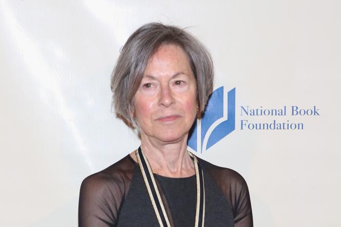 La poétesse américaine Louise Glück, lors du National Book Awards, à New York, en novembre 2014.