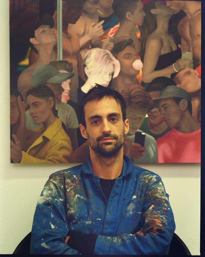 <p>Jean Claracq devant une de ses toiles, dans son atelier, à Paris, le 5 octobre.</p>