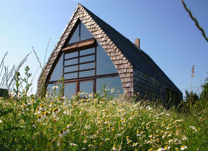 Ionna Vautrin s'est construit un nouveau refuge en Haute-Normandie, signé de l'architecte Jean-Baptiste Barache.