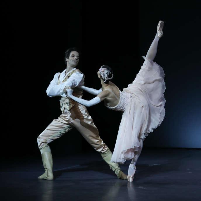 Florian Magnenet et Alice Renavand dans«Cendrillon», deRudolf Noureev.