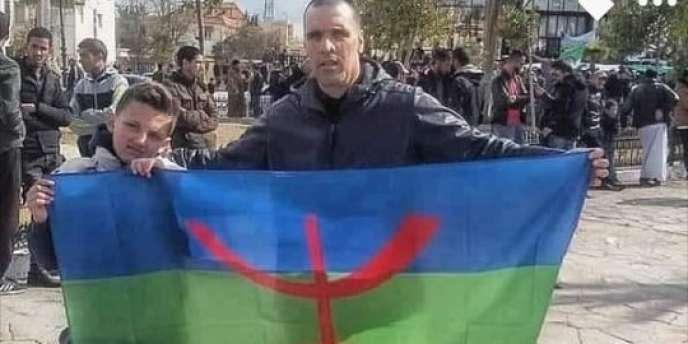 Yacine Mebarki lors d'une manifestation du Hirak, en Algérie, en 2019.