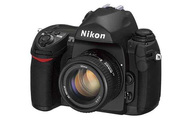 Le F6 disparaît du catalogue de Nikon. C'était le dernier appareil à pellicule de la marque japonaise.