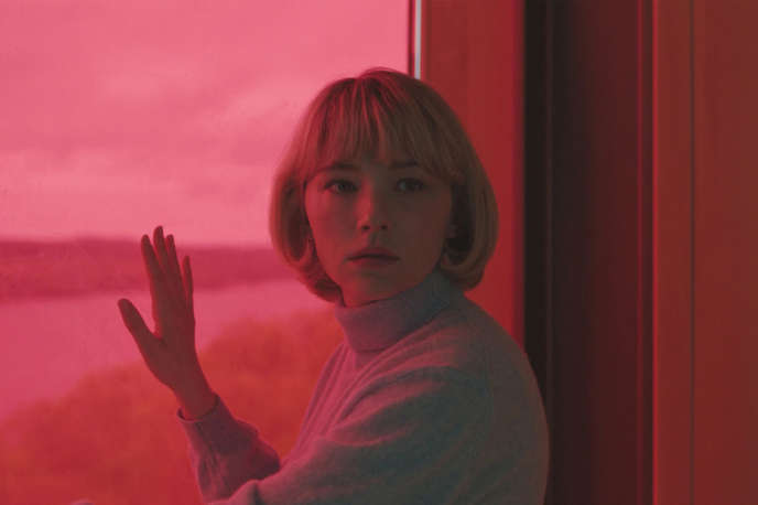 Haley Bennett (Hunter) dans « Swallow », de Carlo Mirabella-Davis.