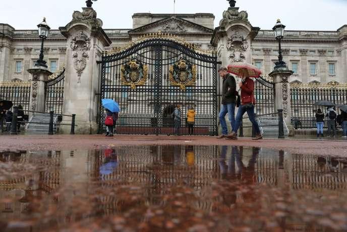 La Royal Collections Trust, qui s'occupe notamment des visites de Buckingham Palace, photographié ici le 3 octobre, pense à réduire ses effectifs.