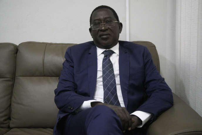 L'ex-otage et figure de la politique malienne Soumaïla Cissé dans les locaux de l'ORTM, la chaîne publique nationale, à Bamako, vendredi 9 octobre.
