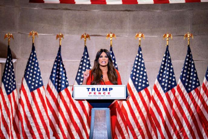 Kimberly Guilfoyle, lors de son intervention exaltée à la convention républicaine, à Washington DC, le 24 août.