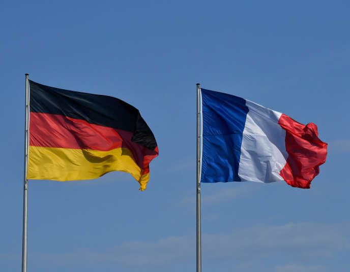 Les drapeaux allemand et français, à Berlin, le 29 avril 2019.