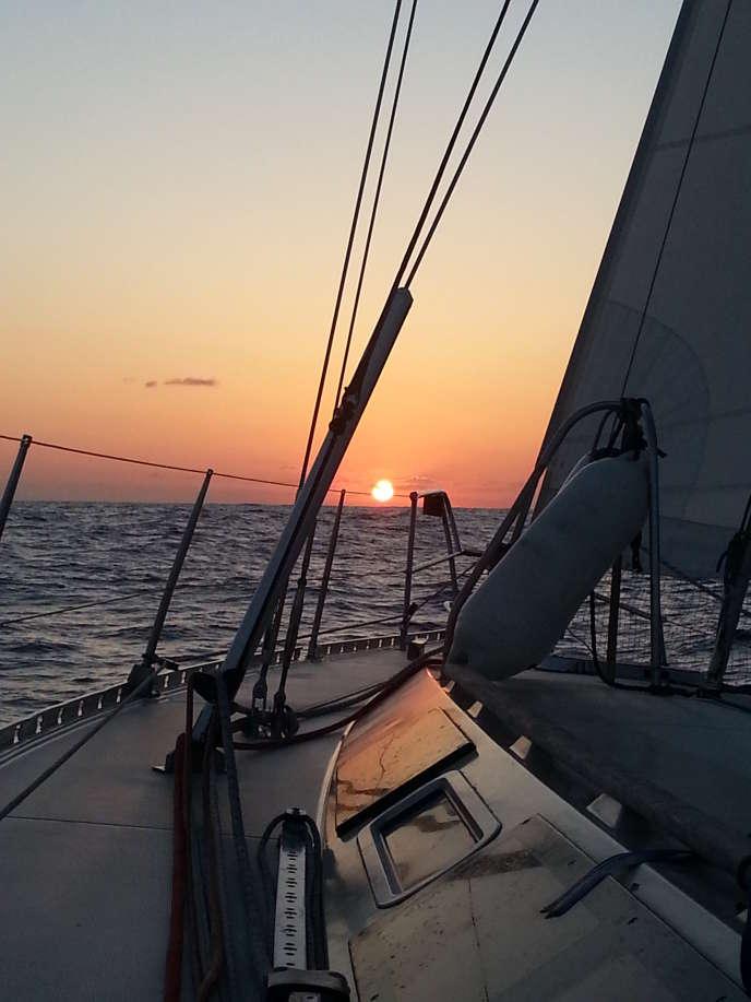 A bord du «Kelone», voilier de 14 mètres, on explore le pertuis charentais, à la découverte des îles de Ré, Oléron, Aix et du Fort Boyard.