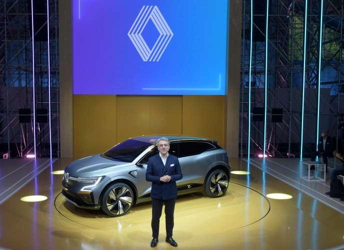 Le directeur général de la marque, Luca de Meo, a présenté le 15 octobre dernier la future Mégane 100 % électrique.