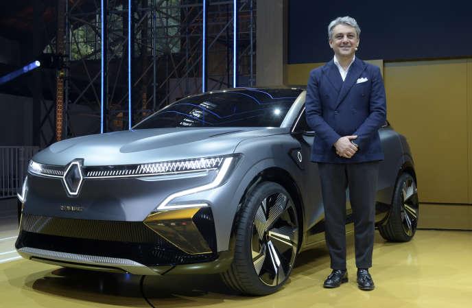 Le directeur général de Renault, Luca de Meo, lors de la présentation de la Mégane E, à Meudon (Hauts-de-Seine), le 15 octobre.