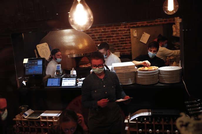 Les restaurants de Bruxelles et de toute la Belgique vont devoir fermer au public pour un mois, et stopper les ventes à emporter à 22 heures, à partir de lundi 19 octobre.