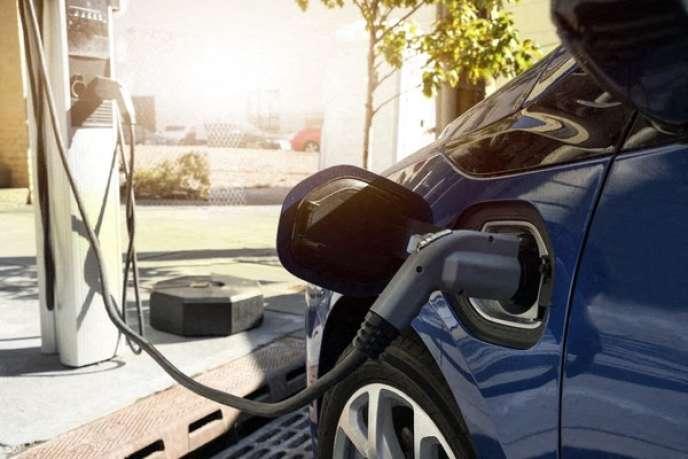 Les véhicules électriques d'occasion, plus écologiques,peuvent trouver une place privilégiée dans les flottes d'entreprise.