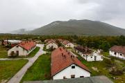 Des bâtiments en ruines à Gračac (Croatie).