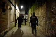 Une brigade de gendarmerie dans le centre-ville de Rouen lors de la première soirée de couvre-feu, samedi 17 octobre.