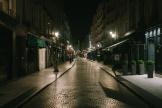 La rue Montorgueuil à Paris, duranrt le couvre feu samedi 17 octobre.