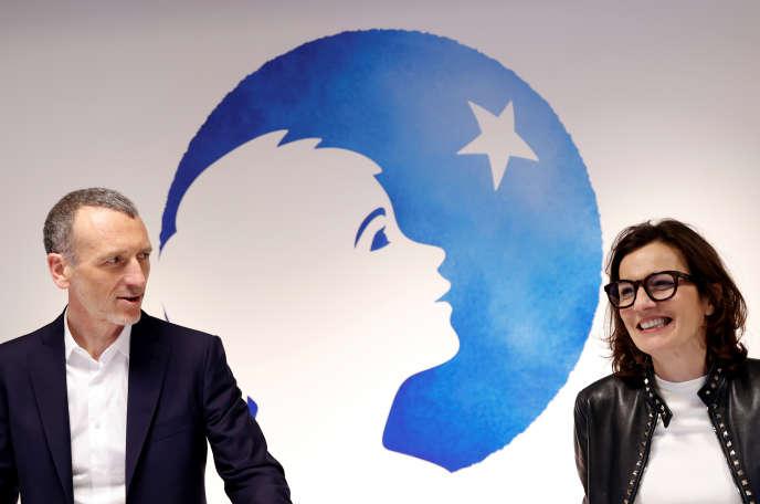 Emmanuel Faber, le directeur général de Danone, et Cécile Cabanis, directrice générale des finances sur le départ, au siège du groupe, à Paris, le 26 février.