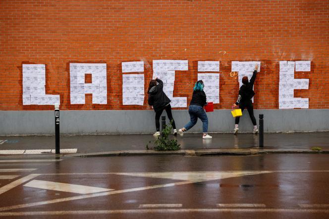 Des militantes féministes à Montreuil (Seine-Saint-Denis), en octobre 2020.