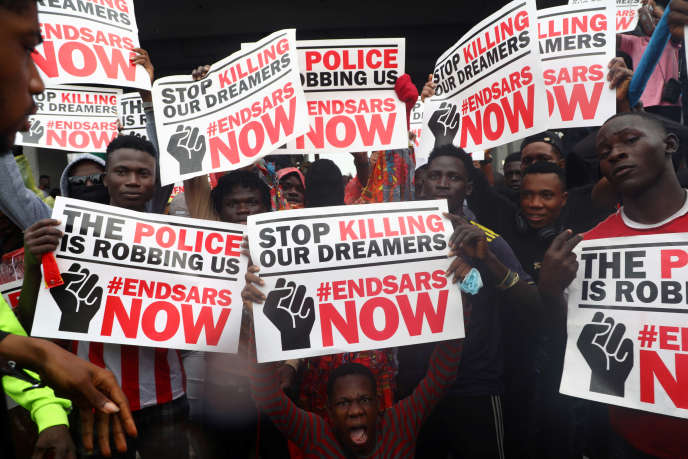 Au Nigeria, Lagos paralysée par les manifestants