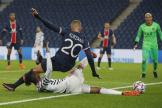 Finaliste de la dernière édition, le PSG a chuté d'entrée face à Manchester United.