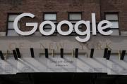 Façade d'un immeuble de bureaux de Google, dans le quartier de Manhattan, à New York.
