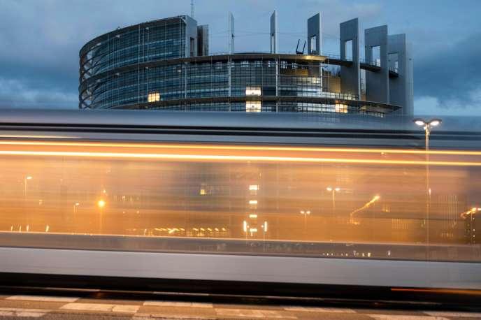 Devant le Parlement européen de Strasbourg, le 6 octobre.