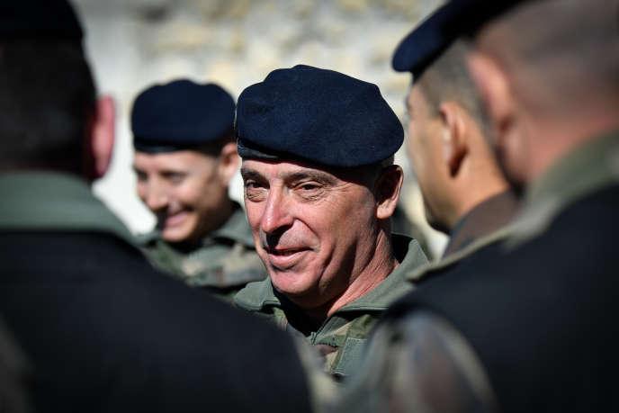 Le général Bernard Barrera lors du lancement du Centre d'entraînement au tir interarmée, à Canjuers (Var), le 11 mars 2019.