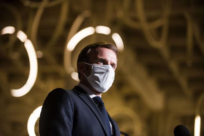 Emmanuel Macron en déplacement à la préfecture de Bobigny pour présenter sastratégie de lutte contre leséparatisme, le 20 octobre.