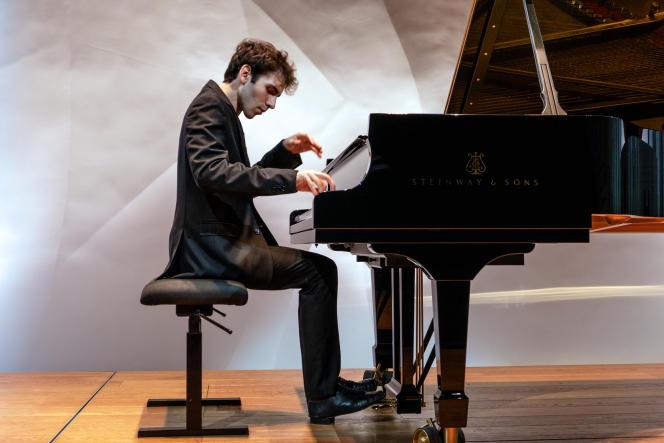 Récital du pianiste Alexandre Kantorow, le 23 septembre 2019, dans l'auditorium de la Fondation Louis-Vuitton, à Paris.