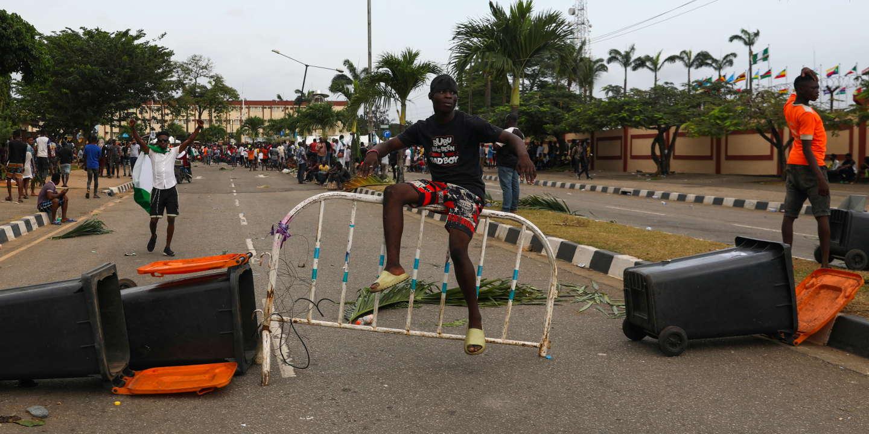 Violences policières au Nigeria: à Lagos, les manifestants dispersés par des tirs