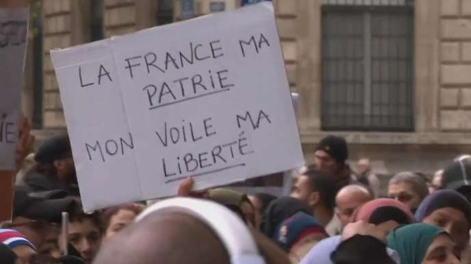 « Laïcité, 30 ans de fracture à gauche », documentaire écrit par Thomas Legrand et réalisé par Pauline Pallier.