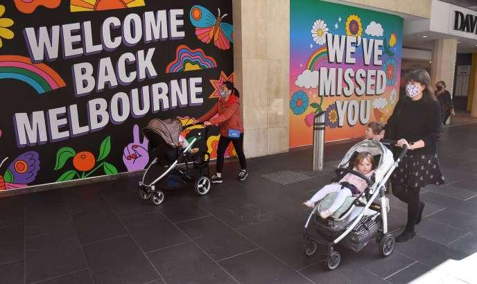 Dans une rue de Melbourne (Australie), le 28 octobre 2020.