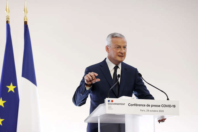 Le ministre de l'économie et des finances, Bruno Le Maire, présente les mesures destinées à soutenir les entreprises, jeudi 29 octobre, à Paris.