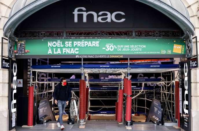 Si les succursales de l'enseigneFnac demeurent partiellement ouverts pendant le confinement, teln'est pas le cas des magasins spécialisés de la franchise Micromania.