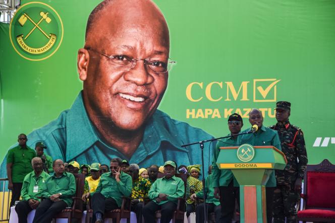 Le président tanzanien John Magufuli, candidat du Parti de la révolution (Chama Cha Mapinduzi) et réélu vendredi 30 octobre, lors du lancement de la campagne électorale au stade Jamhuri, dans la capitale Dodoma, le 29 août 2020.