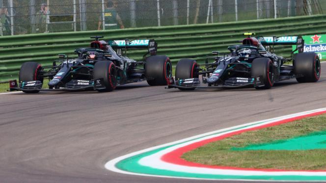 Les monoplaces de Lewis Hamilton et Valtteri Bottas à Imola, le 1er novembre.