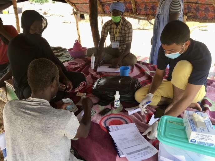 Lors d'une réunion organisée avec le PAM dans un village mauritanien de l'Assaba, en septembre 2020.