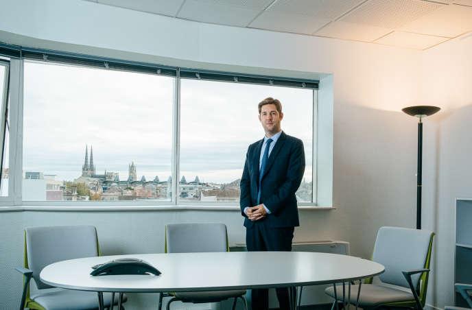 Benoît Elleboode, dans son bureau de l'ARS, à Bordeaux,le 24 octobre.
