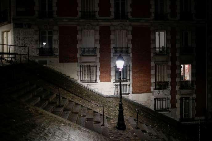 Le quartier de Montmartre sous couvre-feu, le 27 octobre.