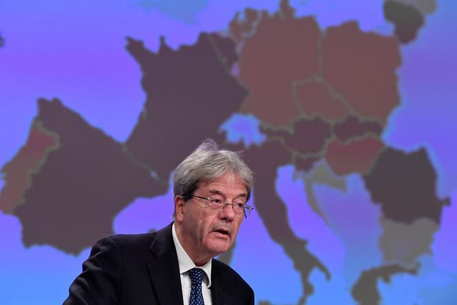 Le commissaire européen à l'économie, Paolo Gentiloni, au siège de l'UE à Bruxelles, jeudi 5 novembre 2020.