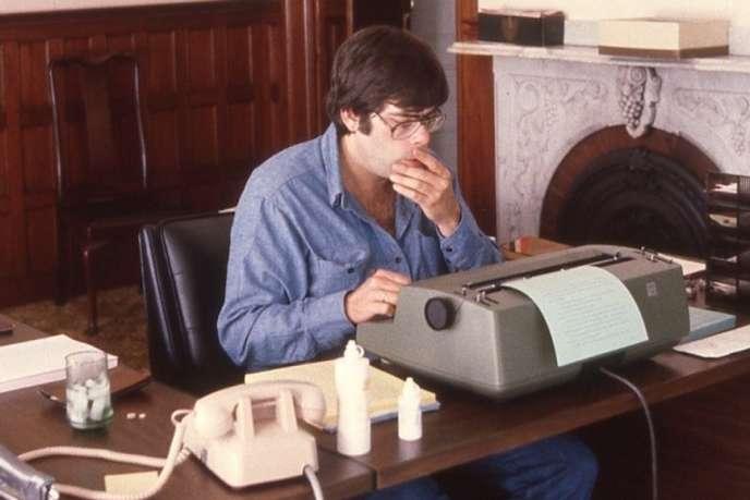 L'écrivain américain Stephen King chez lui, à Bangor (Maine), en 1980.